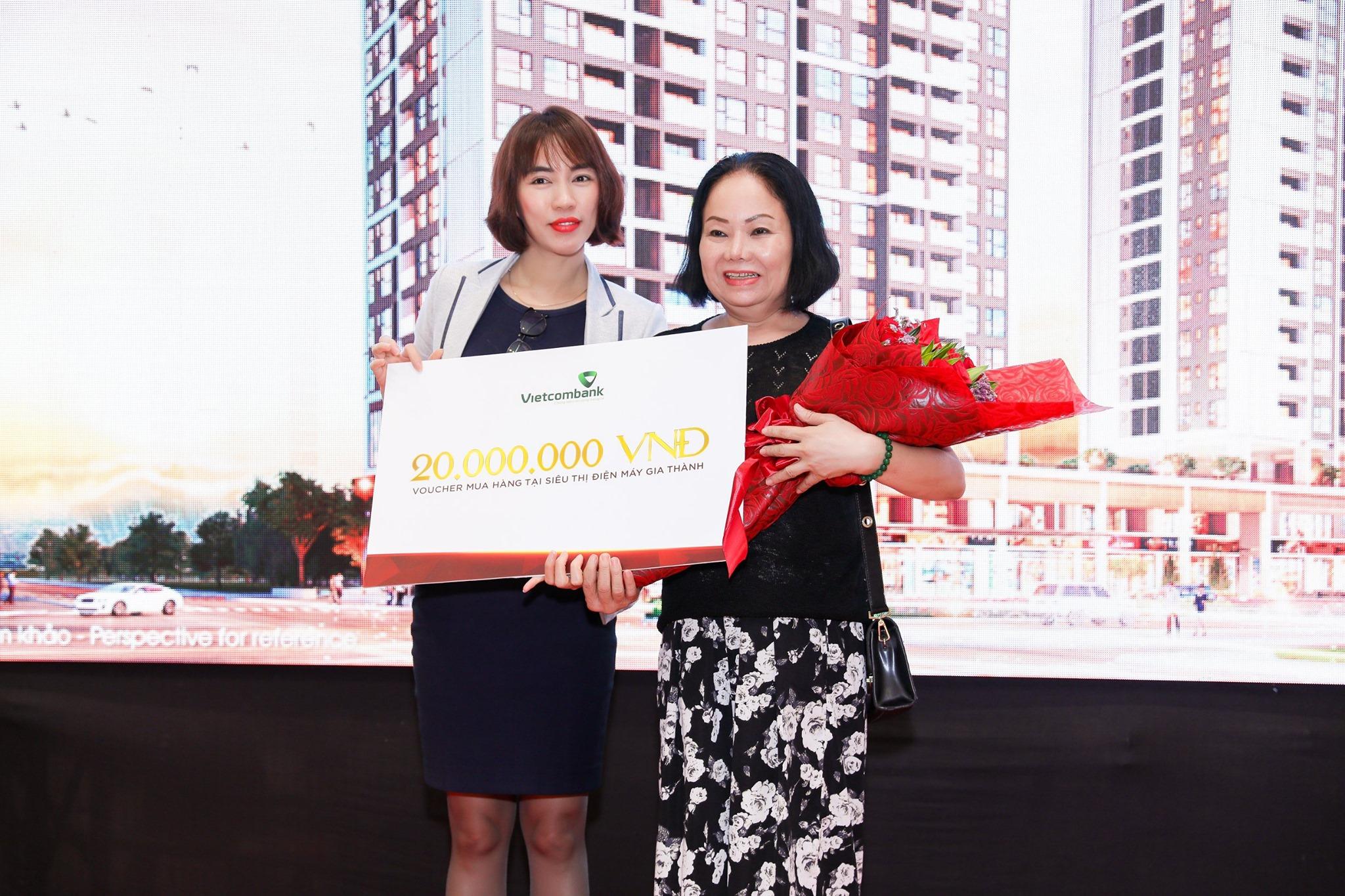 trao giải thưởng cho khách mua căn hộ the antonia quận 7